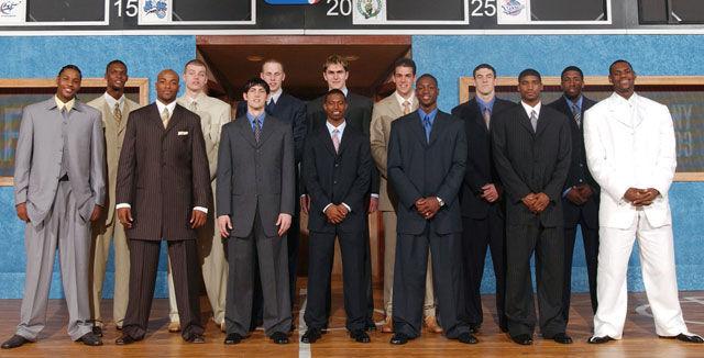 ¿En qué año fue el Draft en el que fueron elegidos LeBon, Carmelo y Wade?