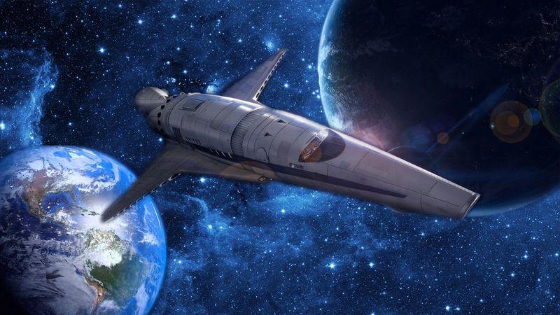 Volvéis a La Tierra, pero los otros tipos no estaban solos. ¡Viene una nave espacial! El viajero quiere infiltrarse en ella.