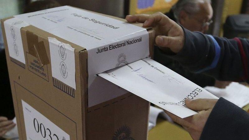 En general, ¿quiénes deberían estar habilitados para participar en las elecciones?