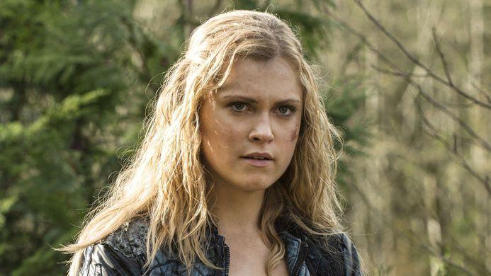 ¿A quién culpa Clarke al principio de la muerte de su padre?