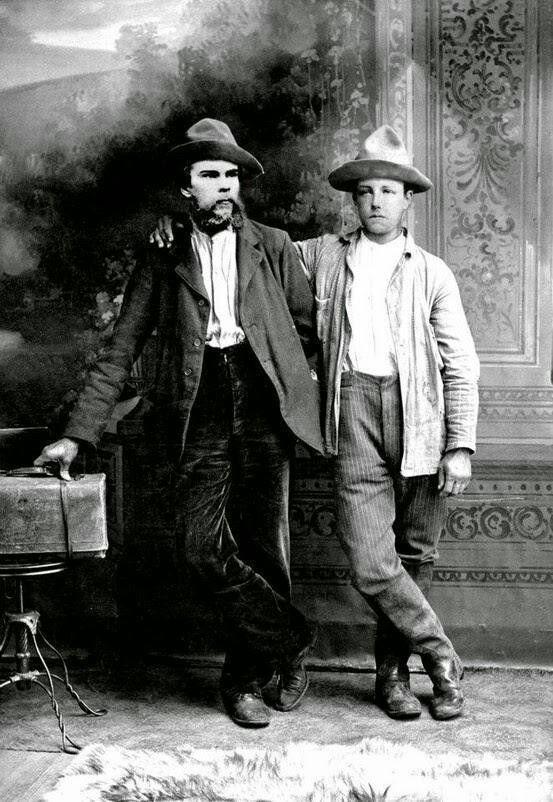 ¿Con qué otro poeta maldito mantuvo una relación amorosa Arthur Rimbaud?