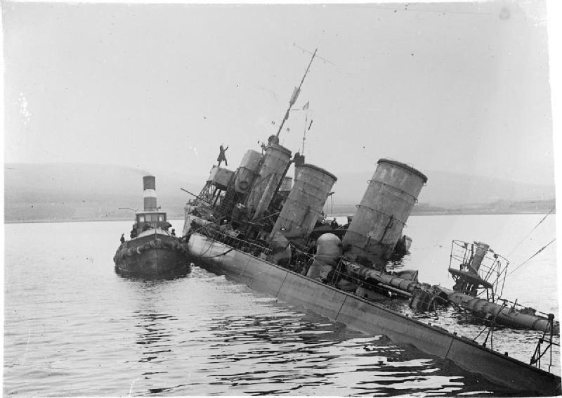 ¿Dónde y cuando fue hundida la flota Alemana tras su derrota en la Primera Guerra Mundial?