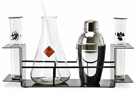 32771 - ¿Un bar de química?