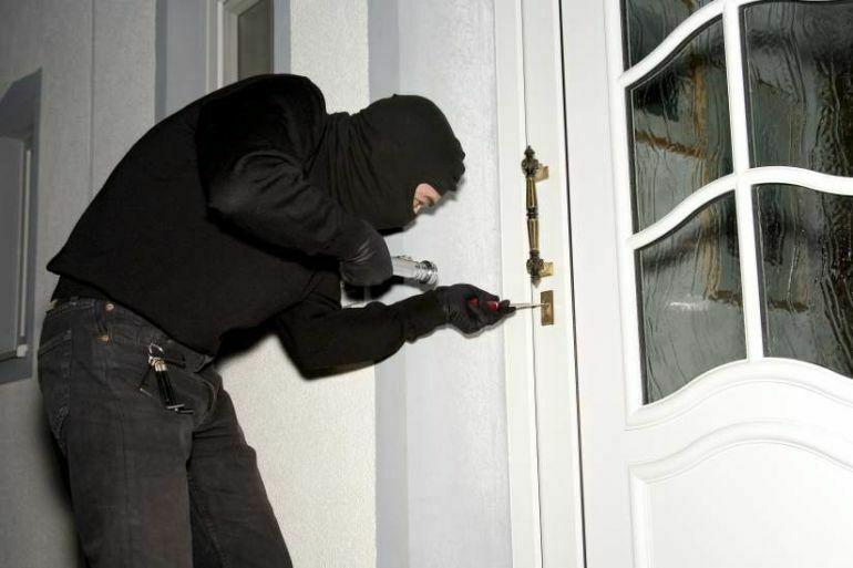 ¿Y para los ladrones,vandalistas o seres que cometieron delitos menores?