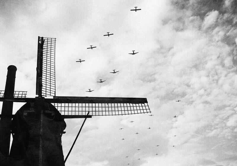 ¿En qué año comenzaron las invasiones de Francia, Holanda, Luxemburgo, y Bélgica?