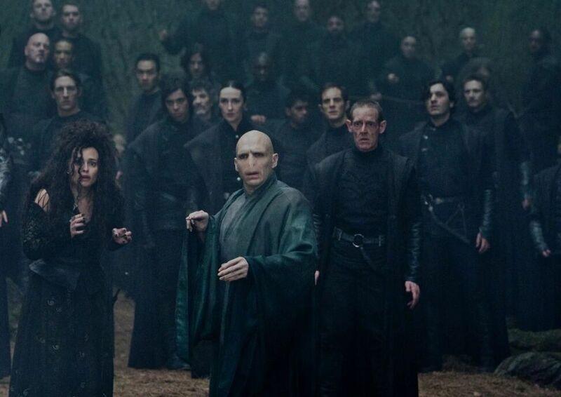 Voldemort ha caído, los mortífagos están siendo capturados y encarcelados, ¿qué haces?
