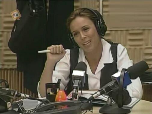 Antes de trabajar en la televisión, Alicia trabajaba en una emisora de radio, ¿cómo se llamaba?