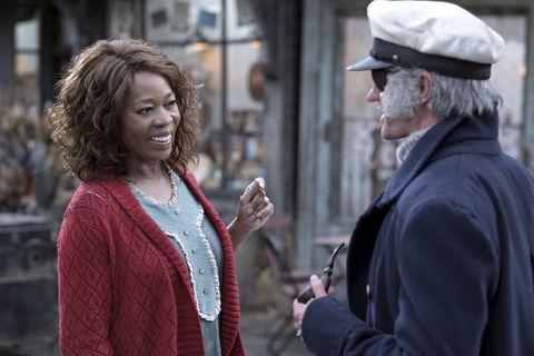 ¿A qué invita el Capitán Sham a la tía Josephine?